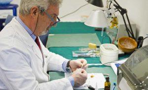 Manutenzione protesi acustiche