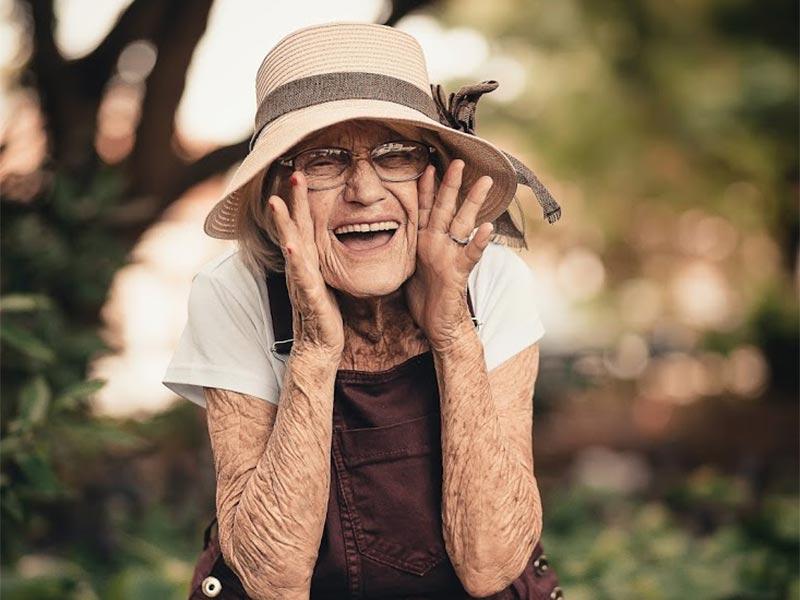 Mondial-Udito-Soluzioni_perdita-Udito-Anziani-Lombardia
