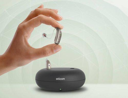 Oticon More: il primo apparecchio acustico che offre al cervello una prospettiva sonora completa.